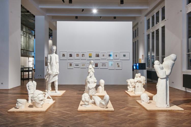33 Ausstellungsansicht, 2015