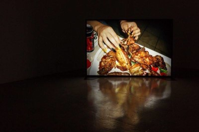 """Virginia Lupu, After the egg, the chicken, 2016, """"tossing and turning, crushing and teasing, breaking and shaping"""", Photo credits: Virginia Lupu"""